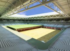 Neverjetno: Igrišče in dvorana, ki se iz nogometnega spremenita v košarkarsko
