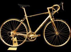 Dirkalno kolo iz zlata!
